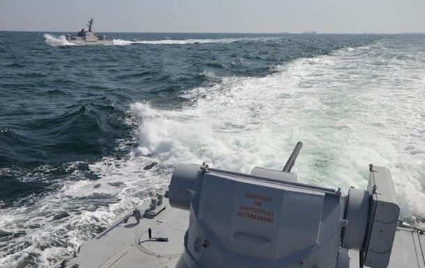 Аваков опубликовал видео тарана украинского судна в Азовском море