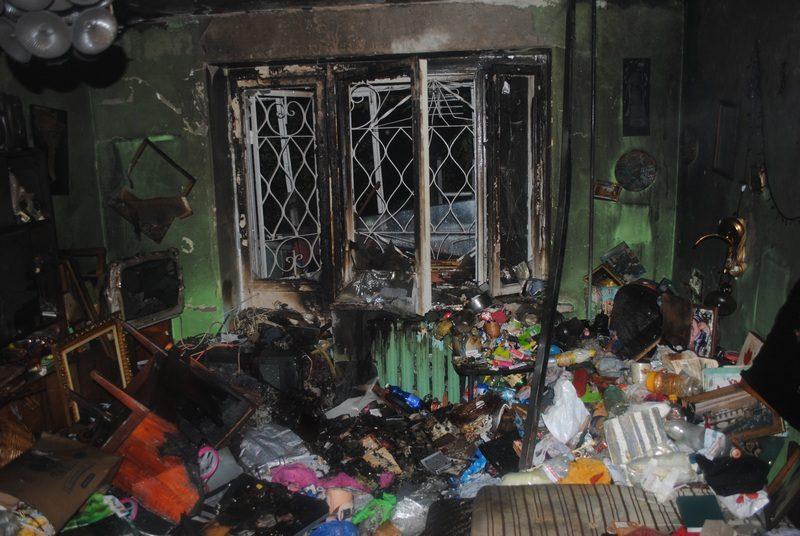 В Николаеве на пожаре спасли 50-летнего мужчину