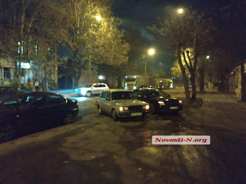 """Ночью водители """"евроблях"""" блокировали николаевские улицы"""