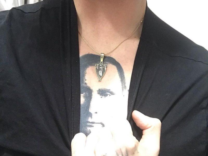 Скандал вокруг Полунина: известный украинский танцор вытатуировал Путина на груди
