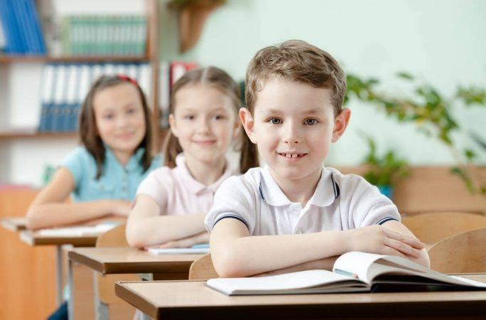 Как говорят ученики: в большинстве школ фиксируют «языковой парадокс»