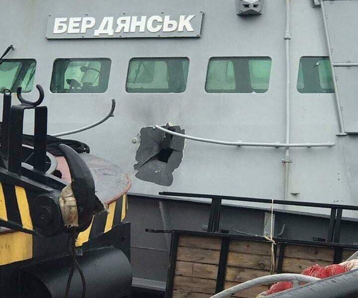 Арестованных в Крыму украинских моряков этапировали в РФ