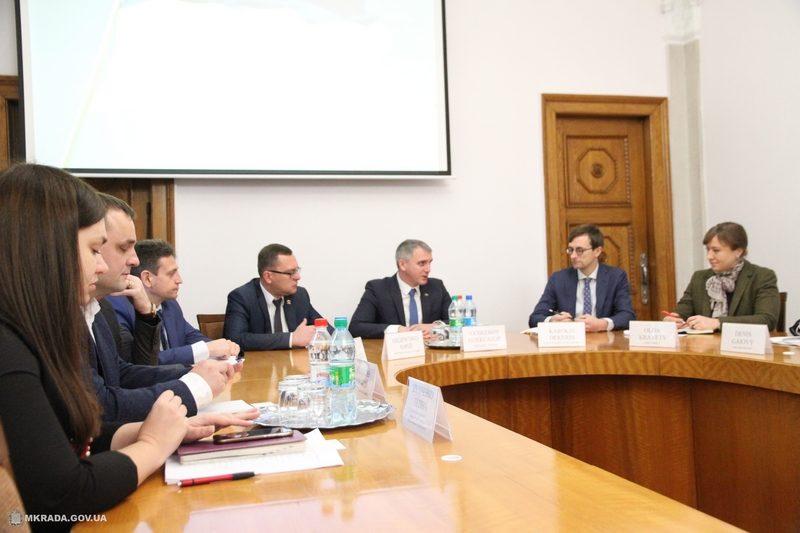 ЕБРР готов дать Николаеву кредит в 10 млн.евро на модернизацию электротранспорта. Задача для власти – успеть подготовить пакет документов до марта 2019-го
