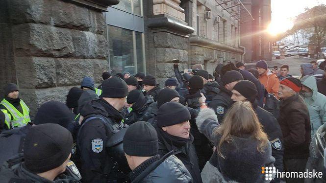 В Киеве правоохранители задержали помощника Надежды Савченко