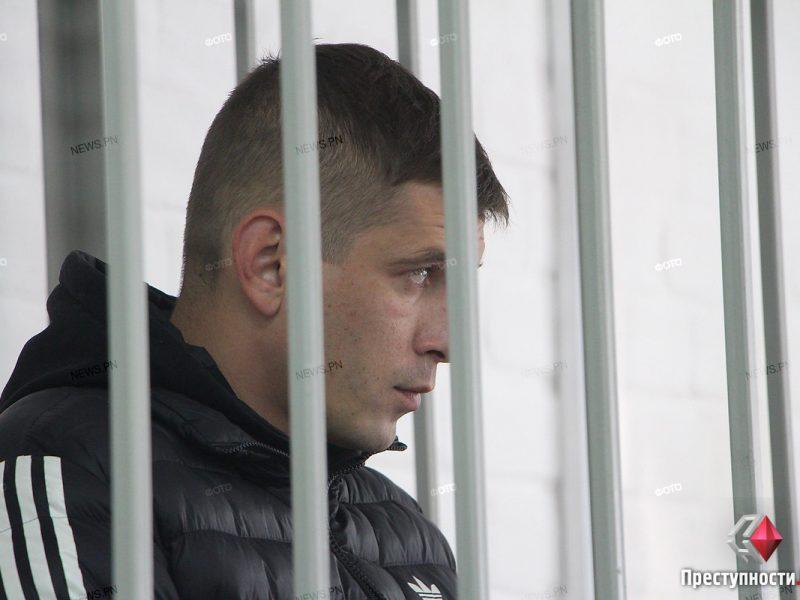 Суд отправил под домашний арест николаевских налоговиков, подозреваемых в вымогательстве взятки