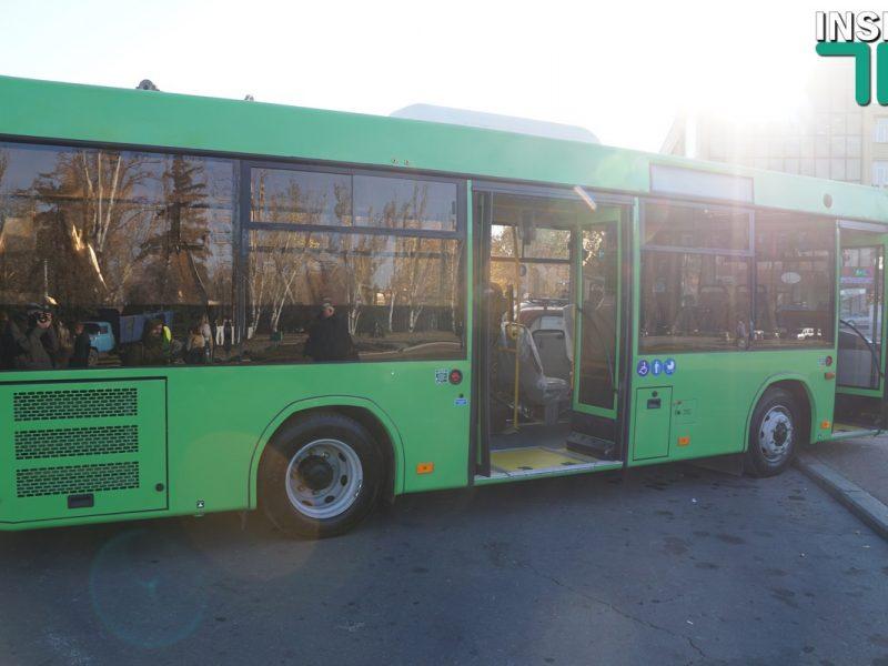 Горсовет Николаева со второй попытки утвердил договор лизинга и поручительства для покупки 23 автобусов