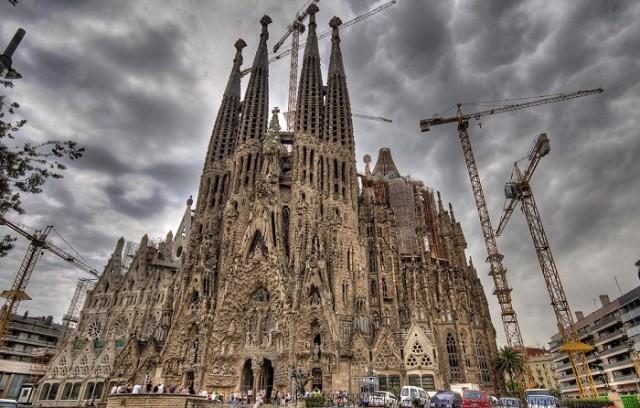 Саграда-Фамилия заплатит 36 миллионов евро за столетнюю стройку без разрешения мэрии Барселоны