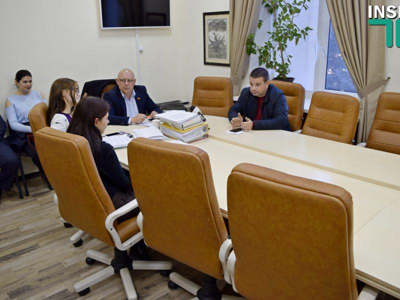 Заседание депутатской комиссии по ЖКХ не состоялось из-за депутатов-прогульщиков — не хватило кворума