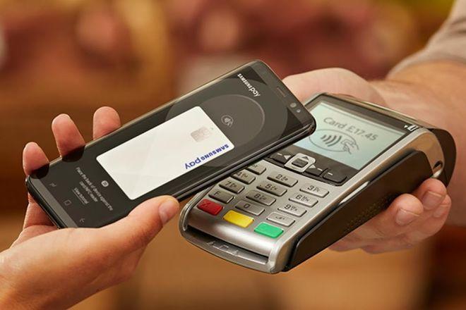 Объемы расчетов через Google Pay и Apple Pay в Украине выросли в 9 раз
