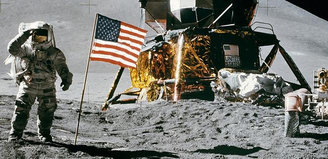 Рогозин заявил, что Россия отправит на Луну аваторов и проверит, были ли там американцы
