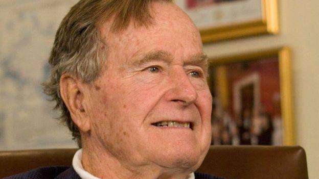 Мировые политики почтили память Джорджа Буша-старшего