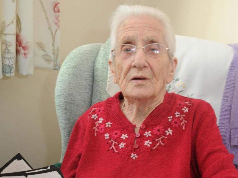 Спустя 77 лет: 99-летняя англичанка получила письмо от своего бывшего жениха, пропавшего без вести во время Второй мировой войны