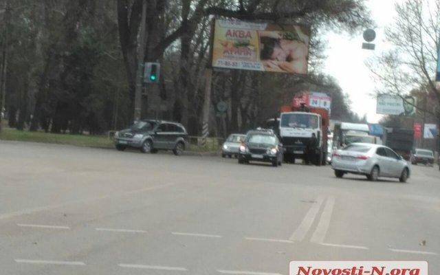 В Николаеве хотят изменить разметку на двух загруженных перекрестках, чтобы избежать заторов