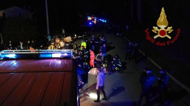 Шестеро погибших и более ста раненых. В Италии в ночном клубе произошла давка