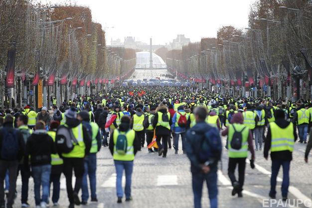 Число раненых в ходе столкновений в Париже выросло до 55 человек