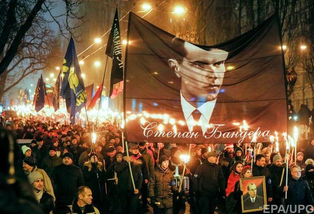Директор Института нацпамяти не поддерживает возвращение Бандере звания Героя Украины