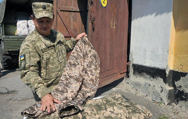 В Винницкой области гражданским запретили носить военную форму