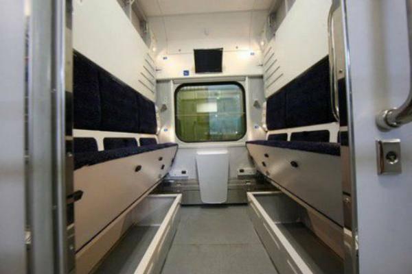 После праздников в состав поезда Николаев-Киев-Ровно будут включены новые штабные вагоны