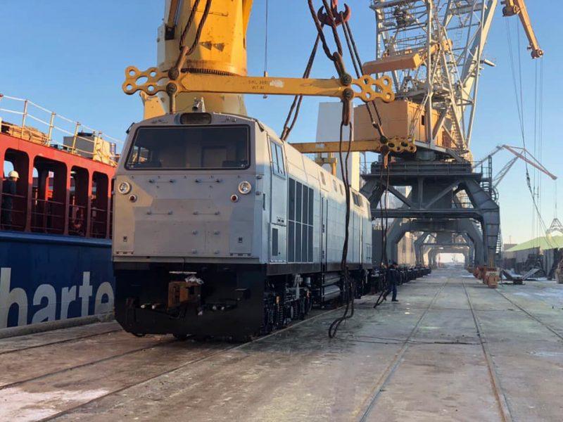 В Украину из США доставили пять локомотивов General Electric