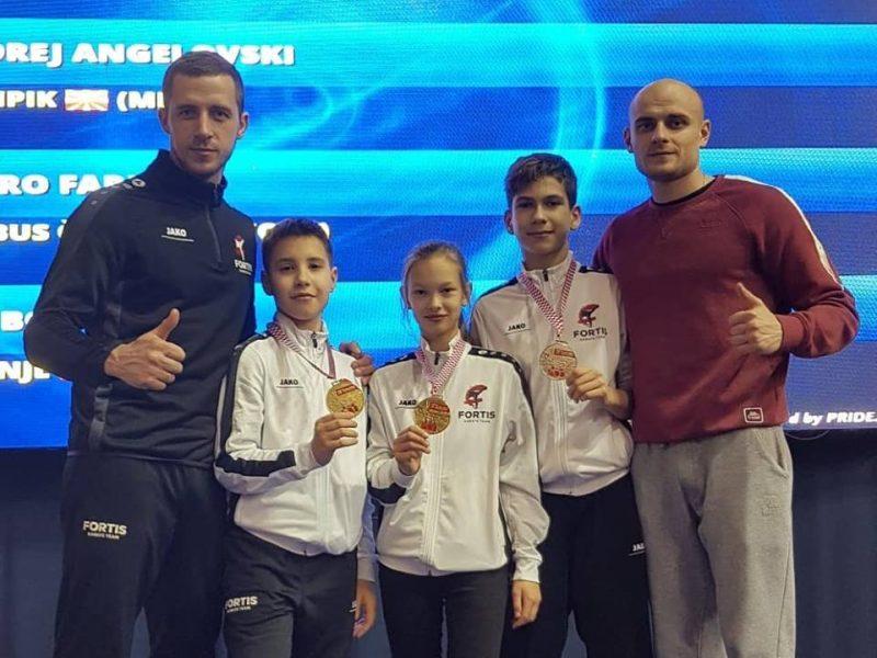 Трое юных николаевских каратистов вернутся с турнира в Хорватии с медалями