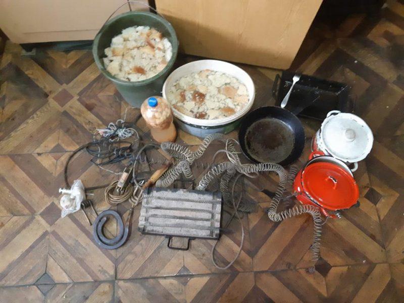 Бездонная бочка какая-то: в Арбузинской колонии снова провели обыск, и снова нашли бражку