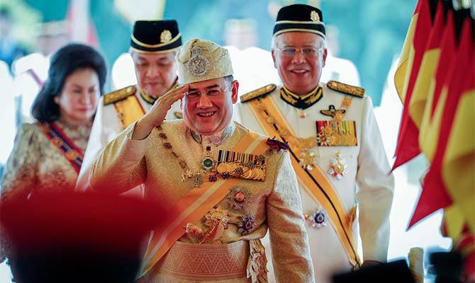 Верховный правитель Малайзии Мухаммад V отрекся от престола