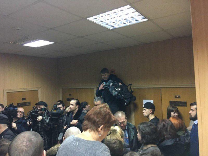 """Украинские моряки в """"суде"""" РФ назвали себя военнопленными и отказались давать показания"""