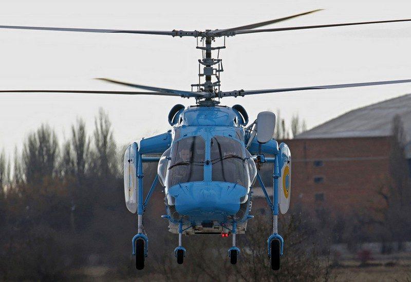 Морские летчики из Николаева испытали вертолет Ка-226: его планируют использовать для санитарных перевозок