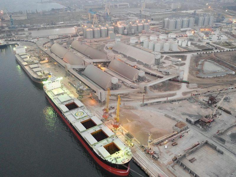 В николаевском порту «Ника-Тера» – несчастный случай: один работник погиб, еще один травмирован