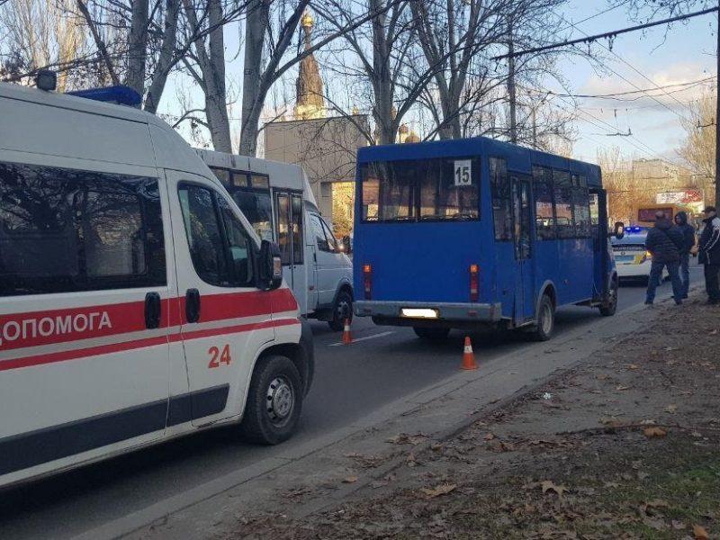 Николаевская маршрутка сбила пешехода