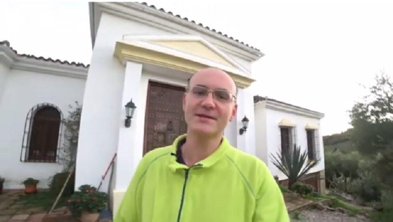 Побыть гостем, но почувствовать себя дома. Житель Николаева делится опытом, как бесплатно жить в квартирах и домах по всему миру
