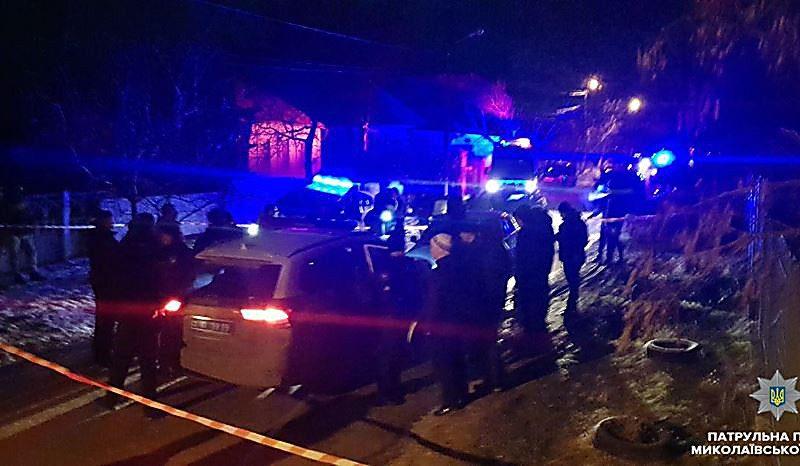 В Николаеве угонщика автомобилей от самосуда таксистов спасли патрульные