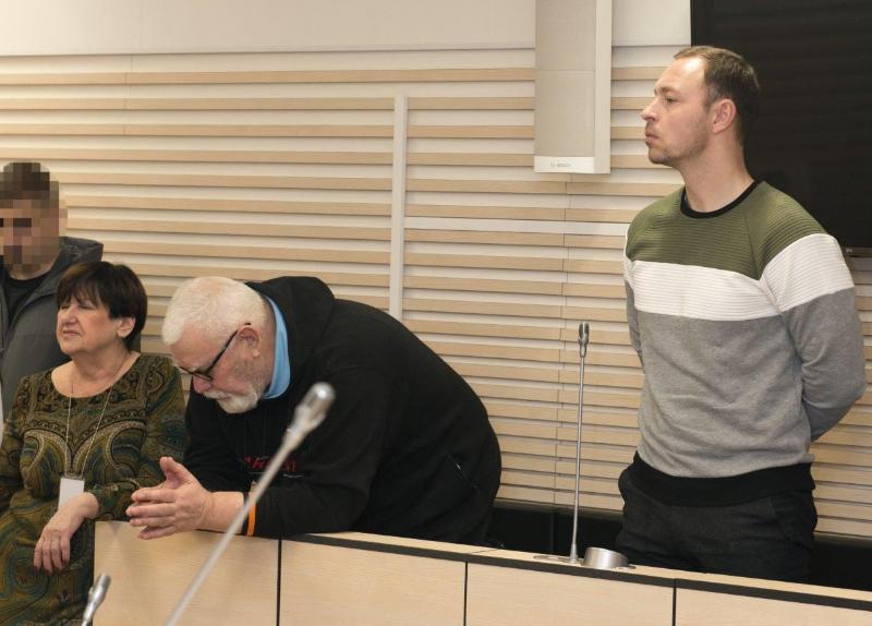В Эстонии осудили офицера и его отца за многолетний шпионаж в пользу России