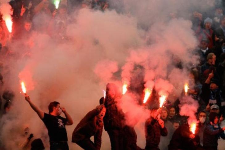 В центре Киева подрались фанаты «Динамо» и «Айнтрахта»