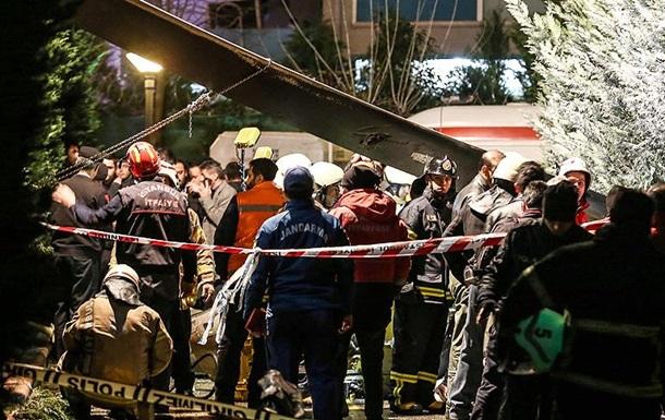 В Стамбуле разбился военный вертолет