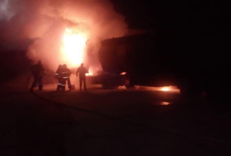 Ночью в Очакове горел бензовоз