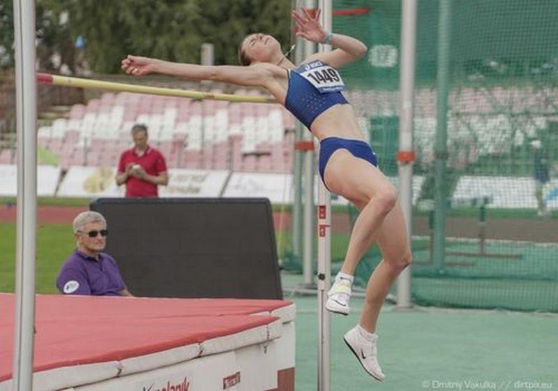 Николаевская прыгунья в высоту стала первой в Чехии