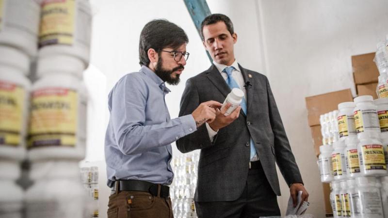 Гуайдо сообщил о прибытии в Венесуэлу первой партии гуманитарной помощи