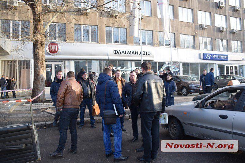 Николаевца, застрелившего на ступенях суда двух одесситов, взяли под стражу без права залога