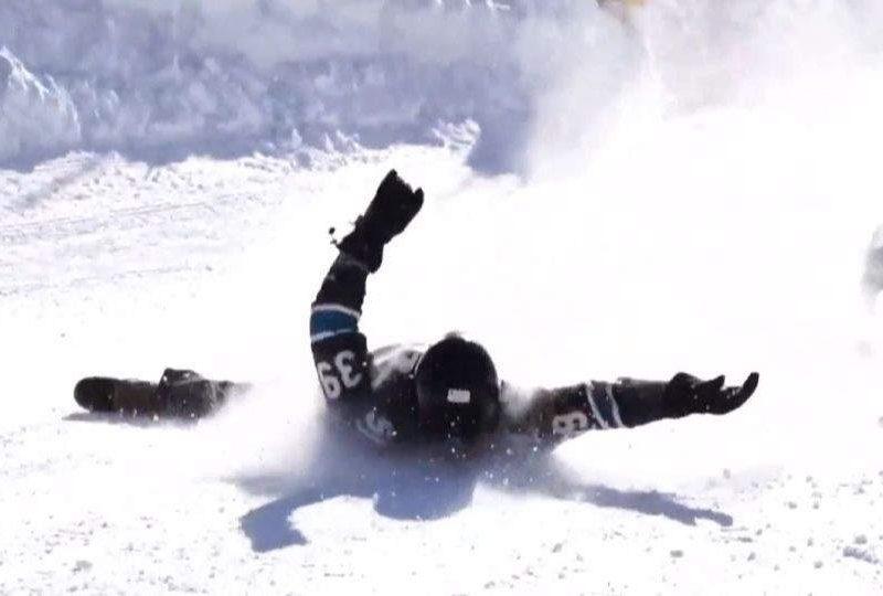Гонки на лопатах для снега прошли на горнолыжном курорте США