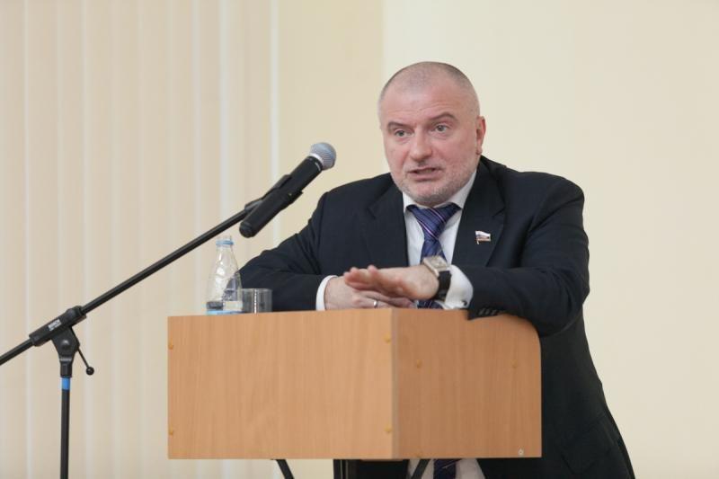 Госдума приняла в первом чтении законопроект об изоляции российского сегмента интернета