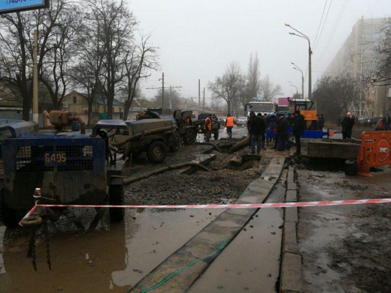В Одессе половина города осталась без воды из-за аварии на трубопроводе