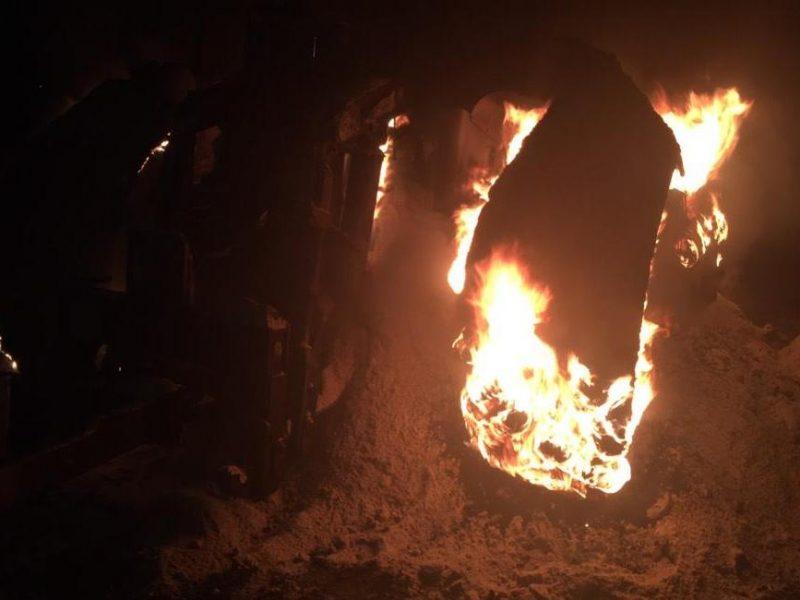 В Николаеве ночью сгорел BMW 520. Прямо в гараже