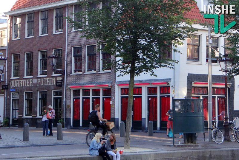 Спешите видеть! Со следующего года в амстердамский квартал Красных фонарей будут запрещены экскурсии