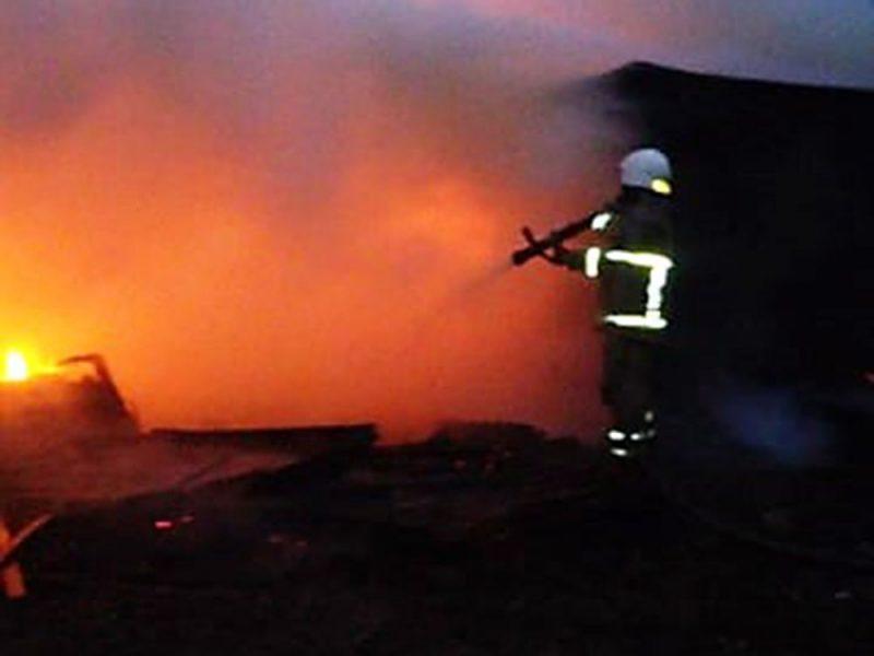 За сутки спасатели Николаева ликвидировали 4 пожара в жилом секторе