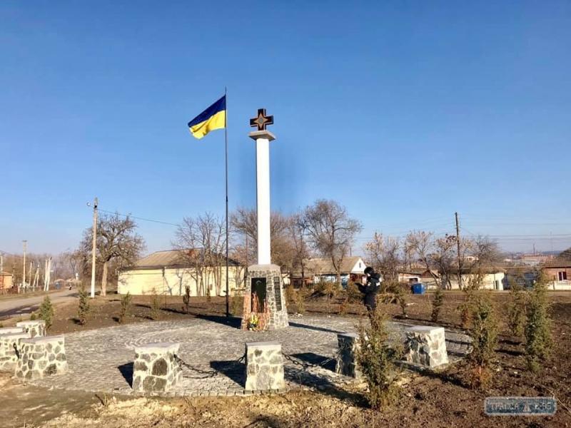 Неизвестные осквернили мемориал воинам УНР в Одесской области