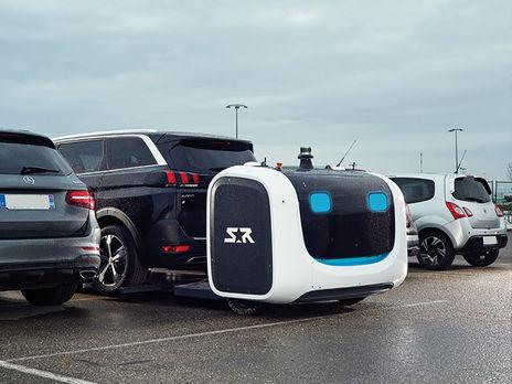 В аэропорту Франции парковкой машин теперь занимается робот