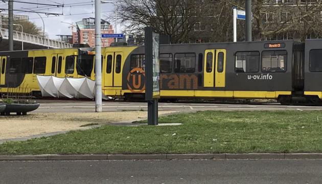 В Нидерландах в результате стрельбы в трамвае трое погибших, девять раненых
