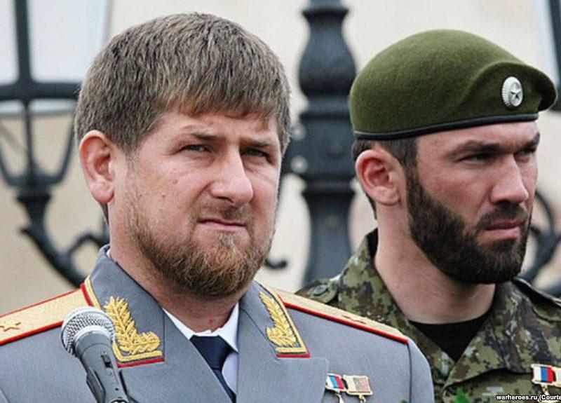 Спикер парламента Чечни объявил кровную месть блогеру
