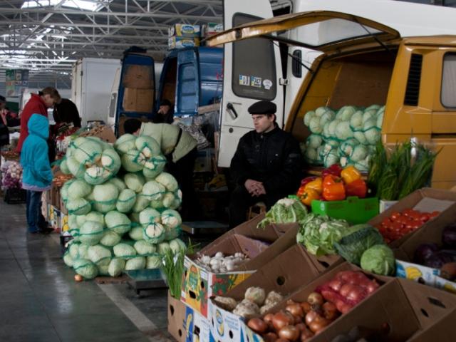 В Николаеве закрытые рынки перешли в онлайн и предлагают товары с доставкой (ФОТО)